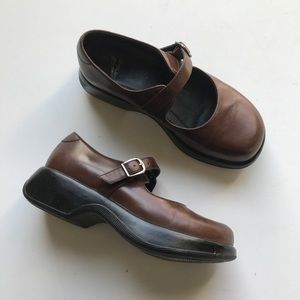 Dansko Mary Jane Clog Comfort Shoe Leather Brown